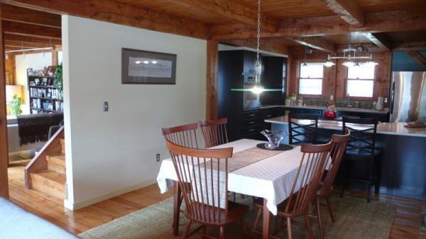 Photo 4 of this property for sale in Hartford, VT