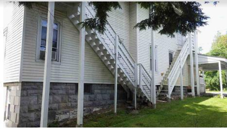 Photo 3 of this property for sale in Rutland, VT